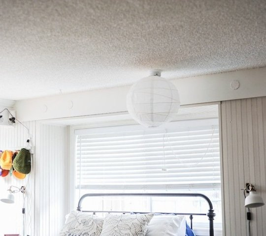 """The """"Popcorn Ceiling Coverup Canopy"""" Bedroom Makeover — Makeover: Decorating Project 111269 thumb"""