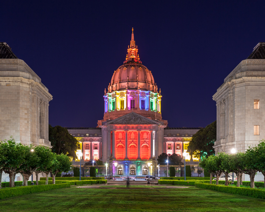 Beacons of Pride: #LoveWins in These Illuminated Buildings 200774 thumb