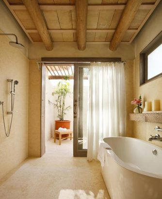 Tropical bathroom with neutral colors tropical bathrooms 10 Incredible Tropical Bathrooms that inspire 11 Incredible Tropical Bathrooms that inspire 7 Copy