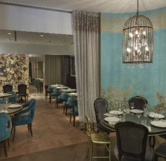 a luxurious dining experience in St. Petersburg feature