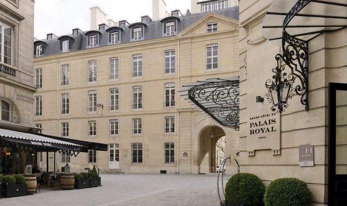 Luxury Hotels: Introducing the Grand Hotel du Palais Royal > interior design blogs > the latest in the inderior design world > #interiordesignblogs #grandhoteldupalaisroyal #luxuryhotels luxury hotels Luxury Hotels: Introducing the Grand Hotel du Palais Royal Luxury Hotels Introducing the Grand Hotel du Palais Royal 3 690x410