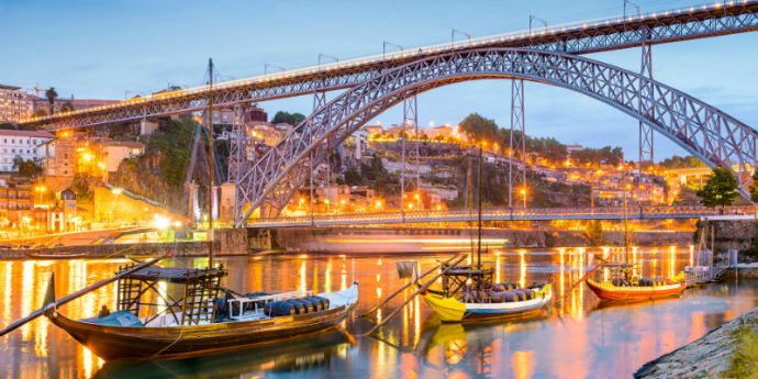 Porto City Guide Welcome to Porto: Discover The Porto City Guide For Design Lovers porto ponte luis innapartments destaque
