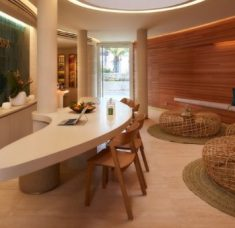 vila vita parc Vila Vita Parc Presents The New Spa by Sisley Step Inside The New Spa By Sisley At Vila Vita Parc 1 1 1 235x228