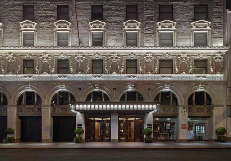 Mid-Century Modern Has Taken Over The Paramount Hotel In New York mid-century modern Mid-Century Modern Has Taken Over The Paramount Hotel New York Mid Century Modern Has Taken Over The Paramount Hotel In New York 1 1