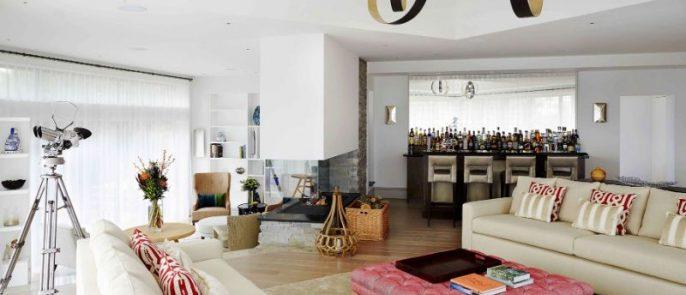 contemporary residence Contemporary Residence Designed by Wilkinson Beven in Costwolds Wilkinson Bevens Amazing Mansion Design in Costwolds 3 686x295